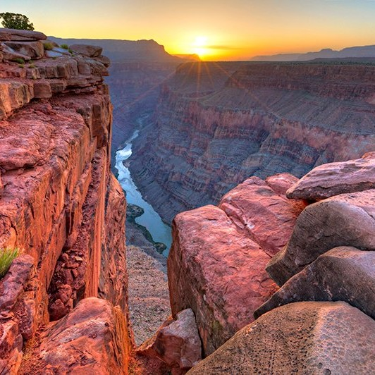 golden touch grand canyon zhang xinyue